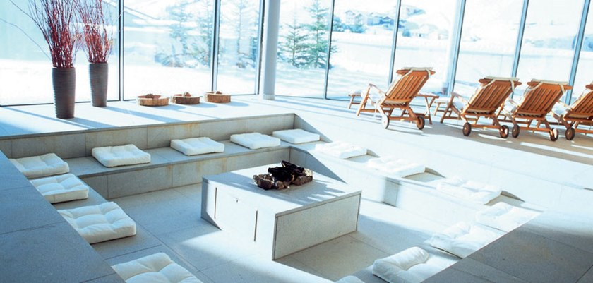 Iski ischgl hotels luxury hotel ski holidays for Designhotel madlein ischgl