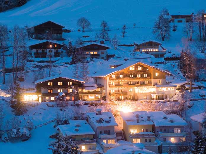 I hotel daxer zell am see austria for Designhotel zell am see