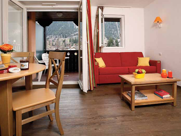 Self catering ski apartments chamonix webcam