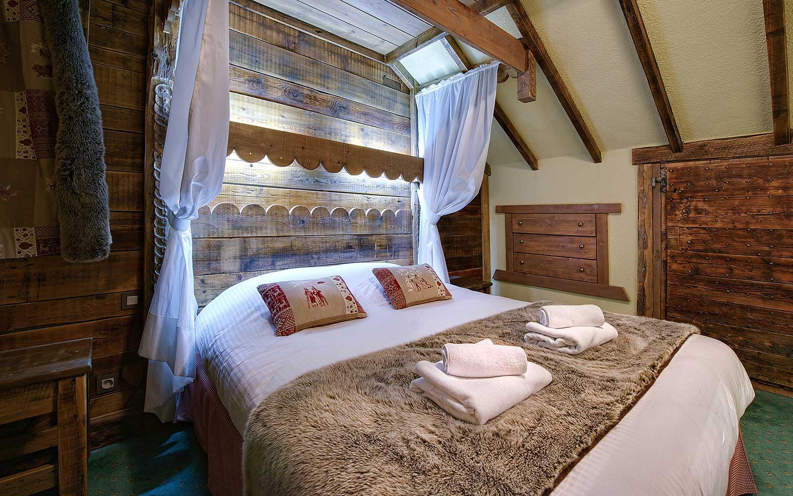 I Ski Co Uk Le Menuire Chalet Hotel Spa Les Menuires France