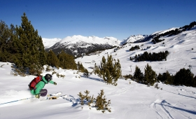 I ski christmas ski holidays andorra here at iski we are here to give you the very best skiing holiday deals that you wont find anywhere else whether youre thinking of booking a hotel solutioingenieria Choice Image